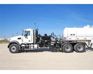 Mack GRANITE GU713 Winch Truck