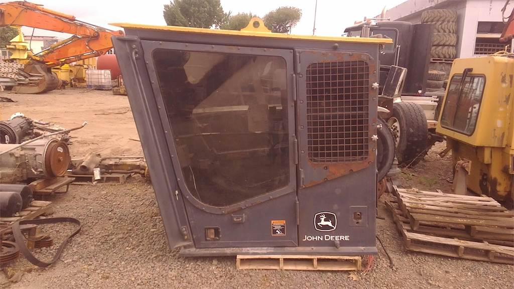 John Deere 2054 FORESTRY CAB Cab Brush Guard For Sale