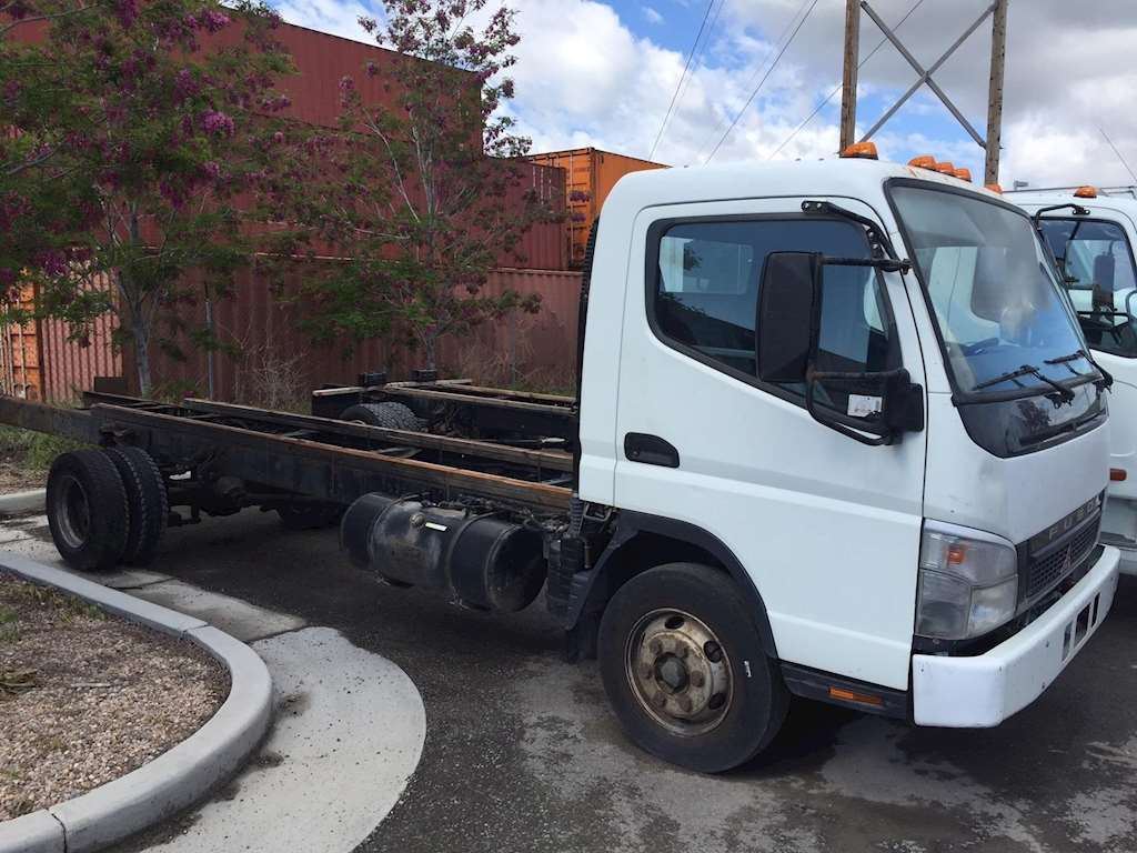 2006 mitsubishi fuso fe180 medium duty cab chassis truck for sale 239 000 miles salt lake. Black Bedroom Furniture Sets. Home Design Ideas