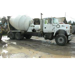 Ford LT9000 Mixer / Ready Mix / Concrete Truck