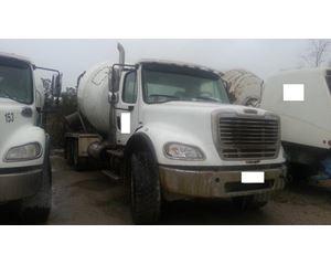 Freightliner C120 CENTURY Mixer / Ready Mix / Concrete Truck