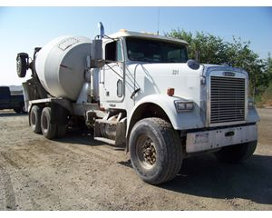 Freightliner FLD Mixer / Ready Mix / Concrete Truck