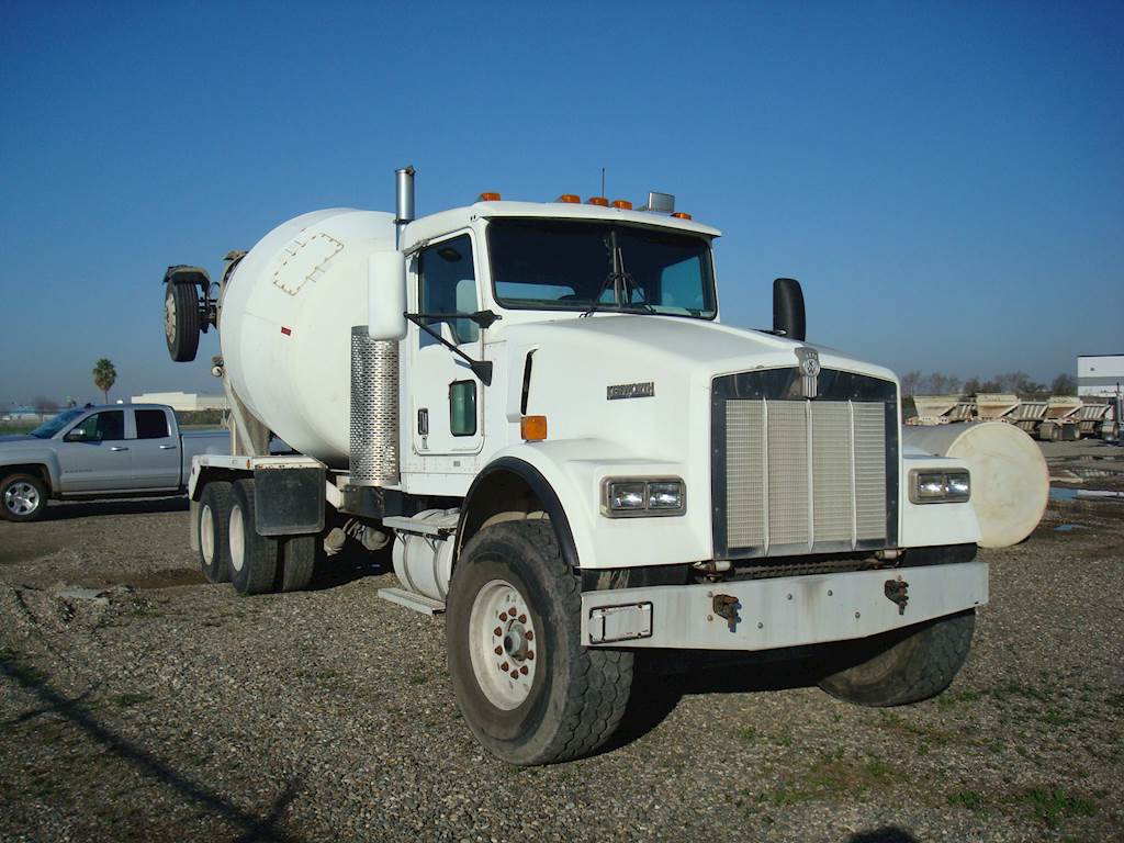 2000 Kenworth W900 Mixer / Ready Mix / Concrete Truck For