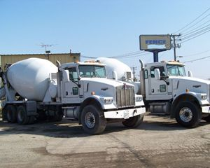 Kenworth W900 Mixer / Ready Mix / Concrete Trucks