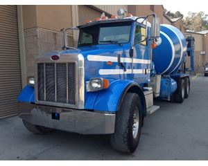 2005 Peterbilt 357 Mixer / Ready Mix / Concrete Truck