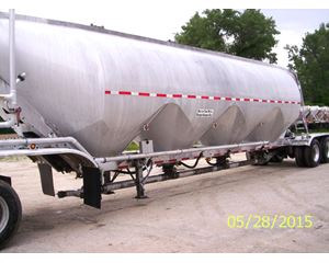 Trail King LIME TRAILERS 1600 Cu FT Aluminium Pneumatics Pneumatic Bulk Trailer
