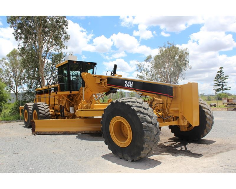 2004 caterpillar 24h motor grader for sale westlake tx for Cat 24h motor grader
