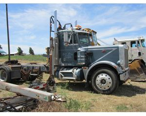 Peterbilt 3406B Logging Truck