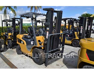Caterpillar P5000LP Forklift