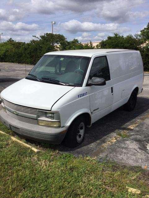 2000 chevrolet astro mini van for sale 203 260 miles. Black Bedroom Furniture Sets. Home Design Ideas