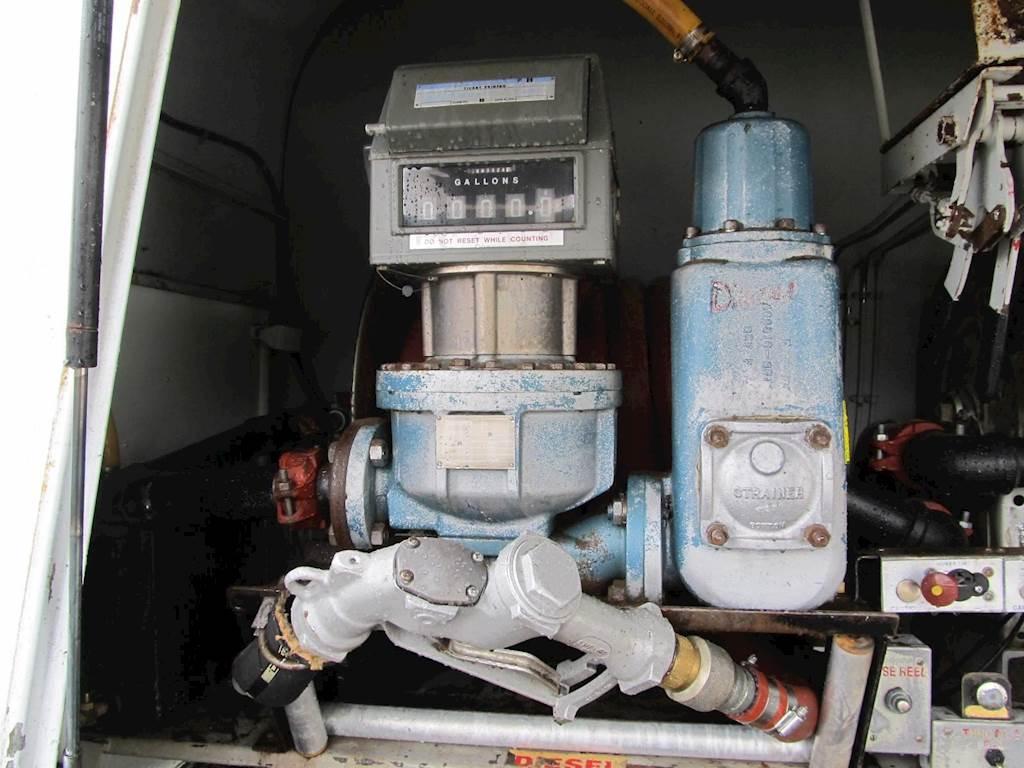 1997 International 8100 Tandem Axle Gasoline / Fuel Truck