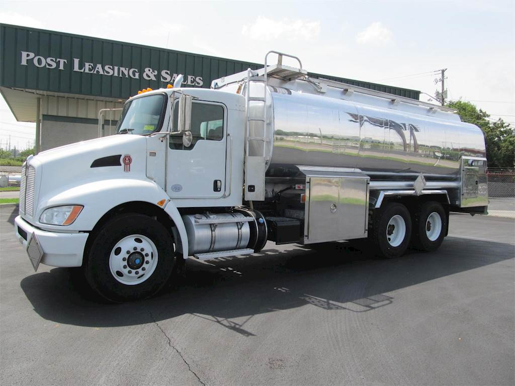 Kenworth gasoline fuel truck for sale miles jpg 1024x768 Kenworth t370  specifications