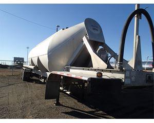 TREMCAR 1000 cu ft 3-Hopper Aluminum Sand Trailer Dry Bulk / Pneumatic Tank Trailer