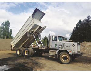 Western Star 6900 XD Dump Truck