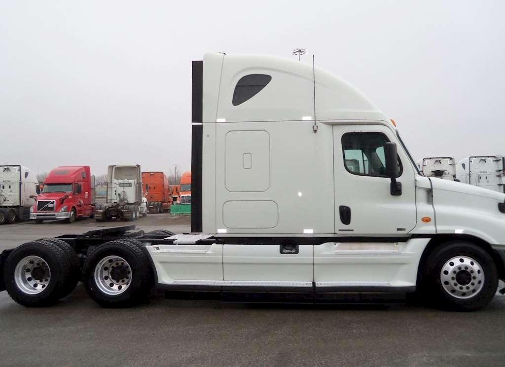 2012 Freightliner Cascadia 125 Evolution Sleeper Semi ...