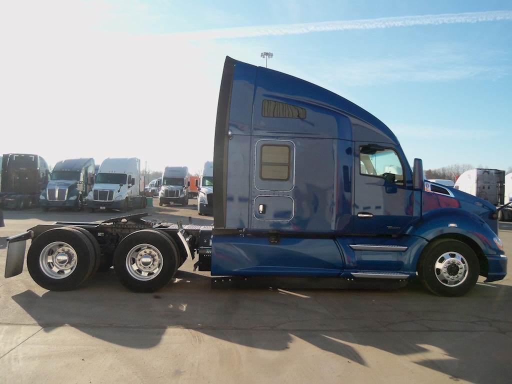 2018 Kenworth T680 Sleeper Semi Truck, Paccar MX, 405HP For Sale, 192,182  Miles | Gary, IN | 83759TP | MyLittleSalesman com