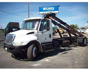 International 4300 Garbage Truck