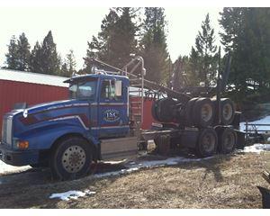 International 9400 Logging Truck