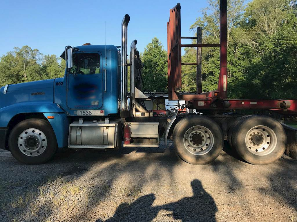 1992 Freightliner FLD120 Classic Day Cab Truck