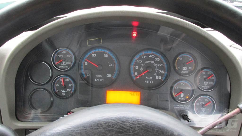 2012 International 8600 Transtar Day Cab Truck - 400HP, 210K Miles, 10  Speed Manual Eaton Transmission