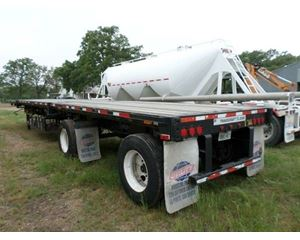 Transcraft DTL-2000 Flatbed Trailer 48x102, Combo, Spread Axle