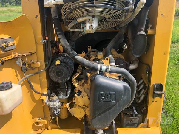 2013 Caterpillar 226B3 Skid Steer - 1,454 Hours, Auxiliary Hydraulics, 60 HP