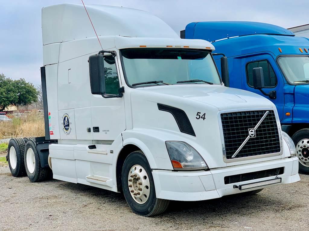 2009 Volvo VNL630 Sleeper Semi Truck - Cummins ISX Engine, 450HP, 186,000  Miles For Sale, 186,000 Miles | Fort Worth, TX | 9519657 |