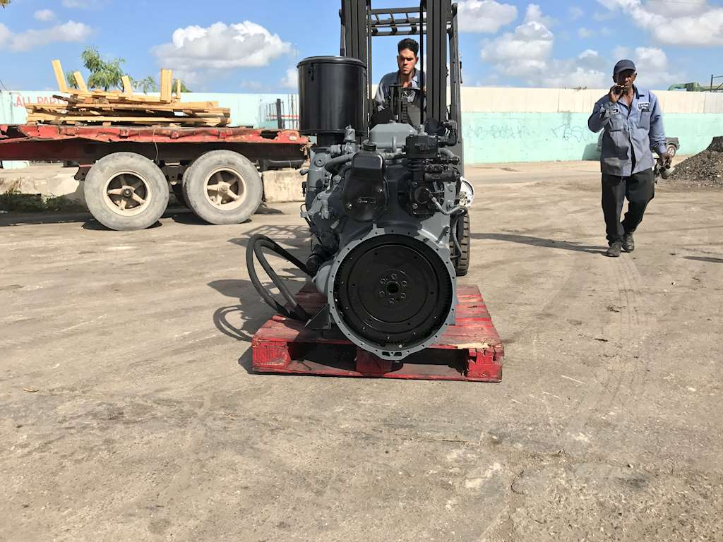 Detroit 6-71 Engine