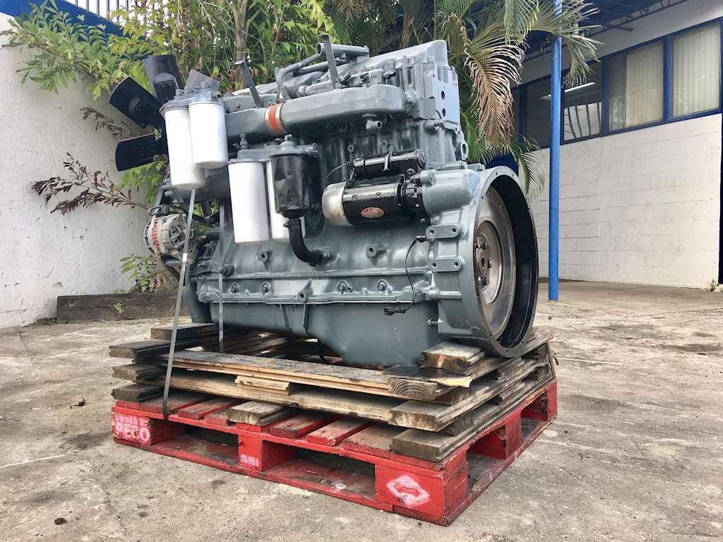 1992 Mack E7 Diesel Engine Semi