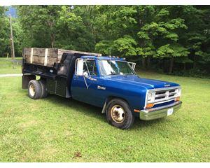 Dodge D350 Dump Truck