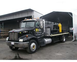 Peterbilt 330 Asphalt Truck