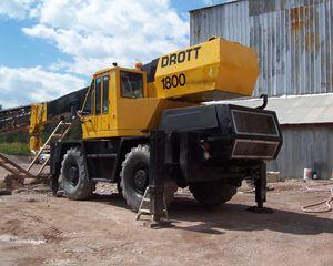 Drott 1800 Rough Terrain Crane Crane