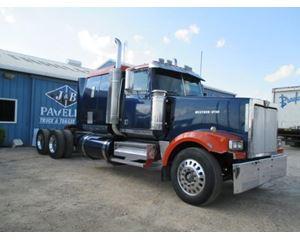Western Star 4964EX Sleeper Truck