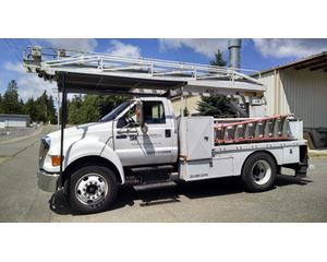 Ford F-650 Flatbed