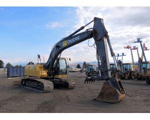 2011 John Deere 200DLC Crawler Excavator