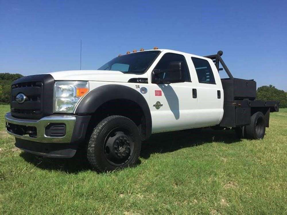 2011 ford f  utility truck for sale  133 000 miles