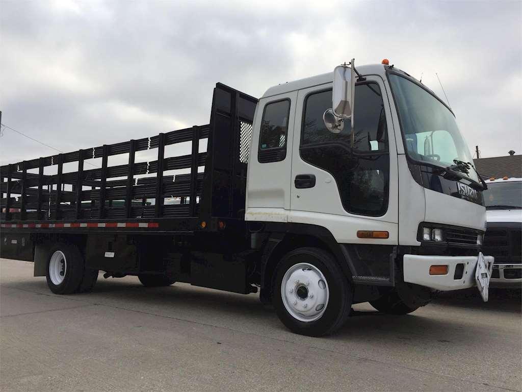 Isuzu Stake Bed Truck