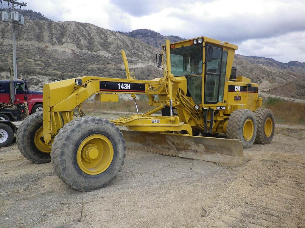 2002 Caterpillar 143H VHP PLUS Motor Grader