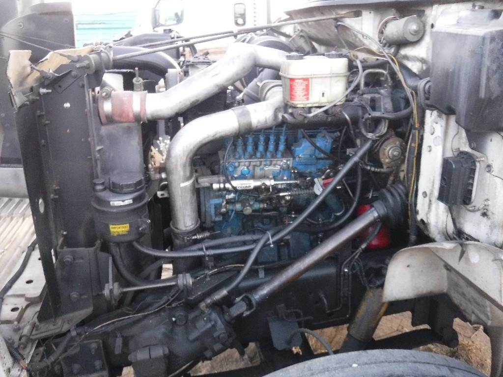 International Dt466 A C Compressor For A 1995