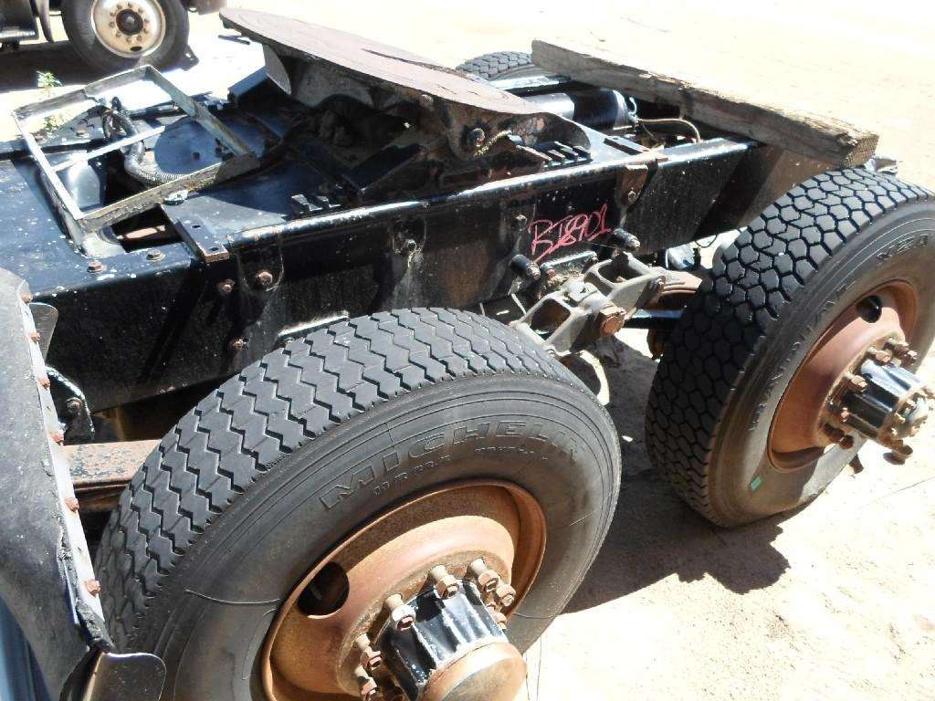 Rockwell Sqhr Rear Axle Housing For A 1980 Freightliner Coe Sale Ford Truck