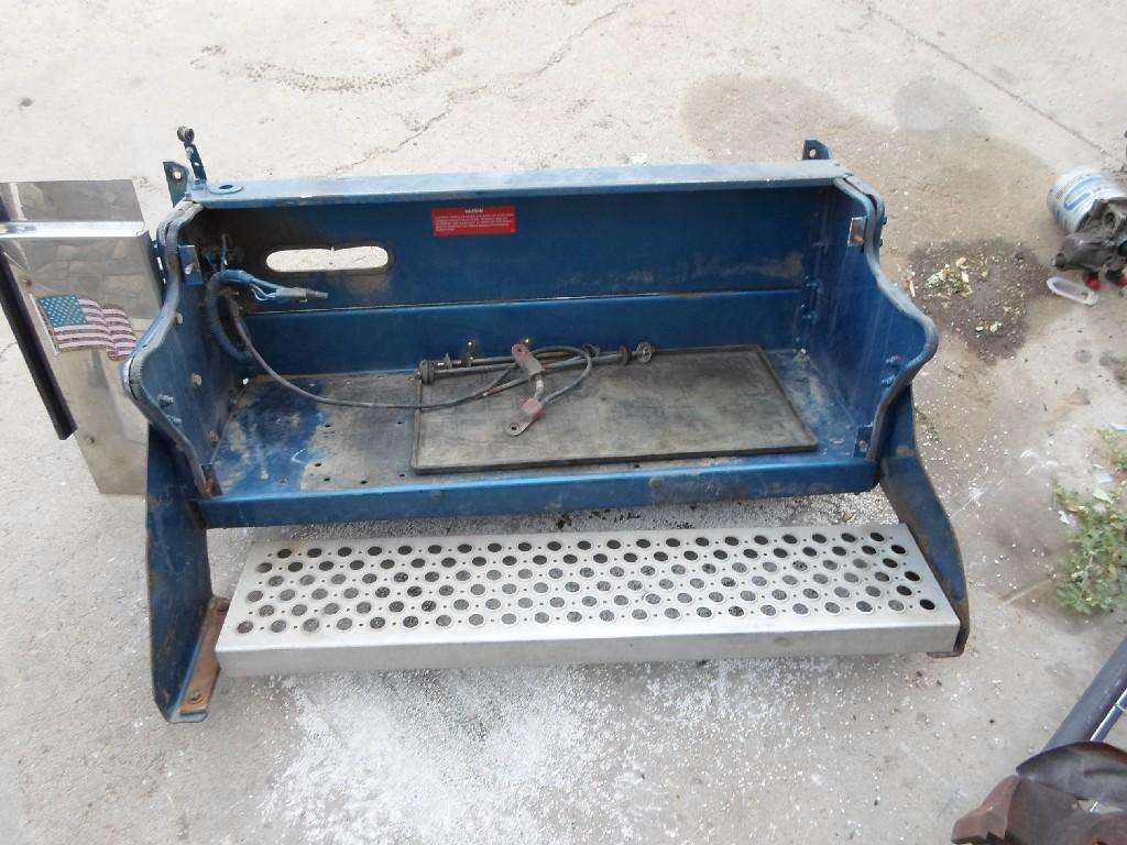 1996 Kenworth W900 Battery Tray For Sale