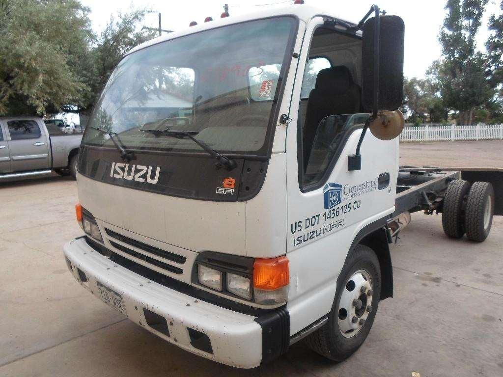 2000 Isuzu NPR Salvage Truck
