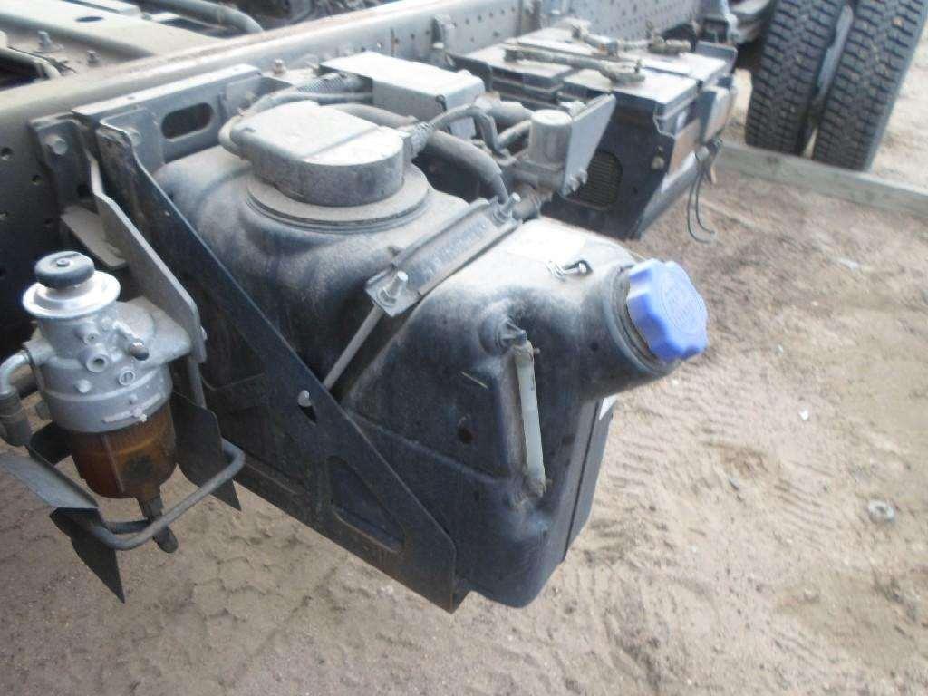 Isuzu npr nqr nrr 4hk def tank for a 2011 isuzu nrr