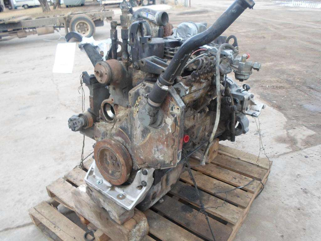 Cummins B5 9 Engine For A 1995 Ford F800 For Sale