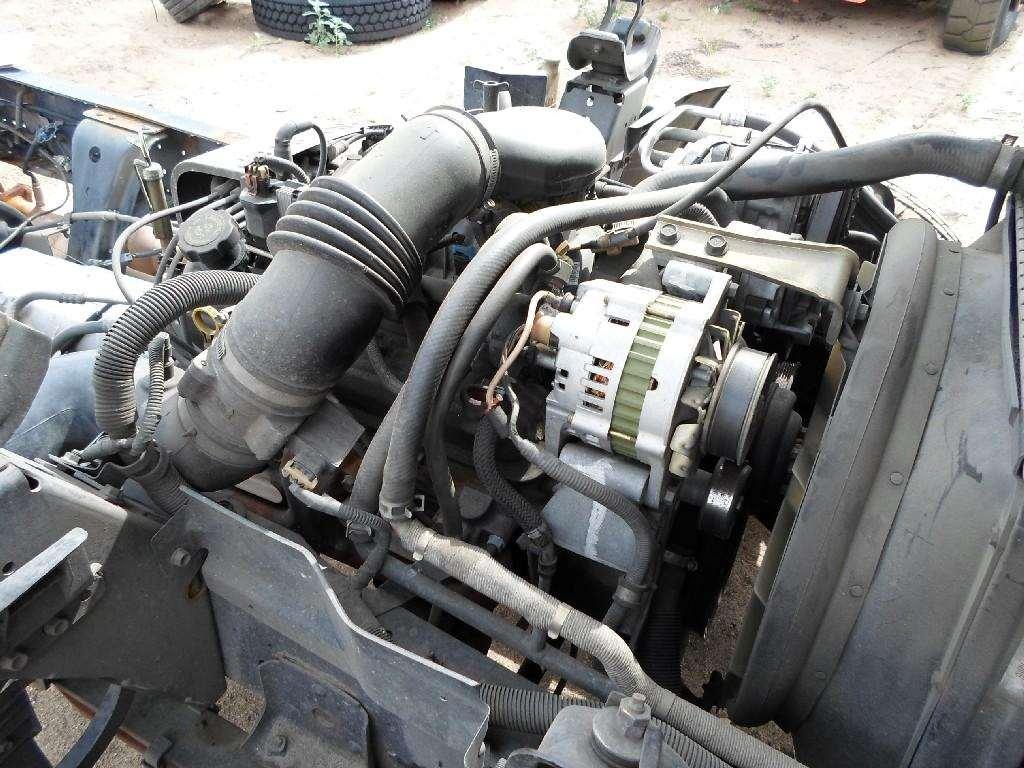 Isuzu 5 7 GAS Engine for a 1997 Isuzu NPR
