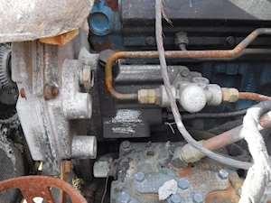 International DT466E Fuel Injection Pump for a 2004 INTERNATIONAL 4400