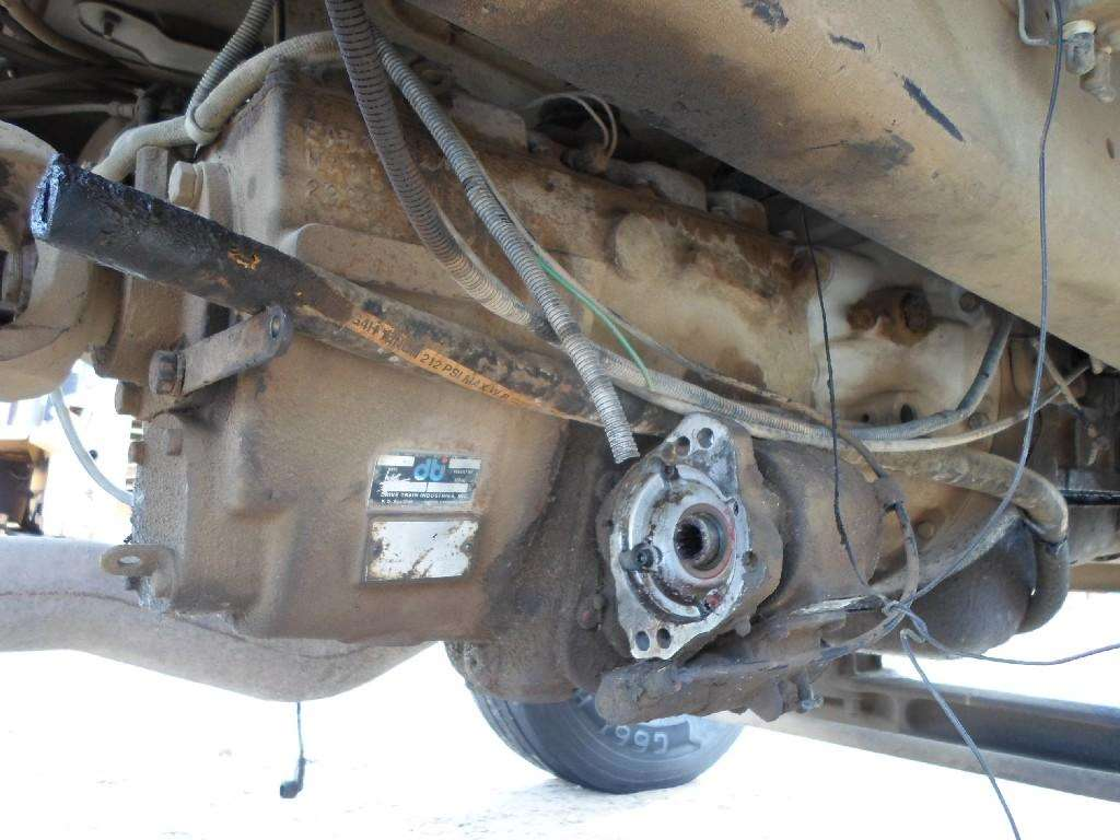 Eaton FS6106A PTO for a 1988 Ford F800 For Sale   Hudson, CO   39604    MyLittleSalesman com