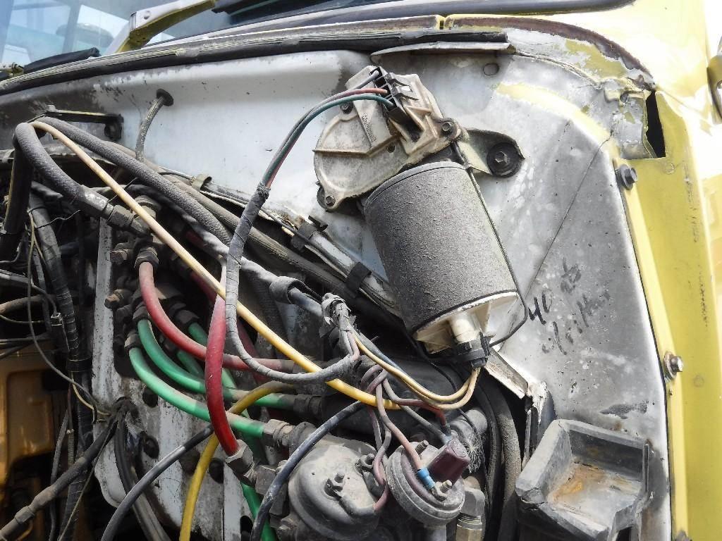 1982 Ford LTL9000 Windshield Wiper Motor
