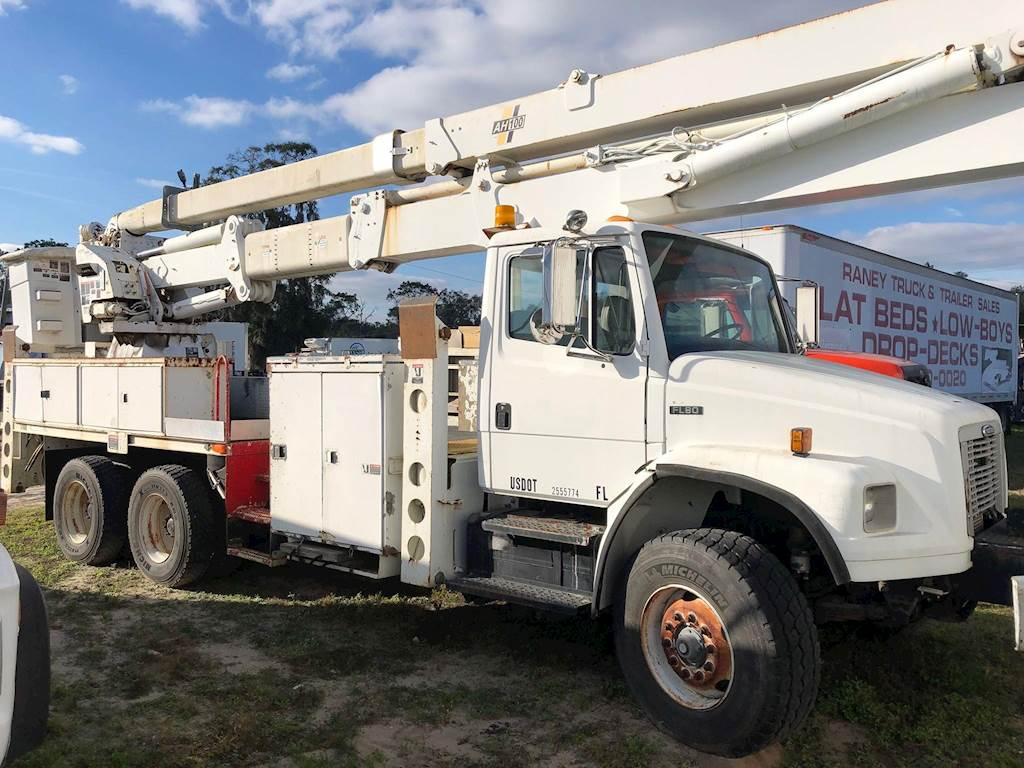 2003 Freightliner FL80 Boom / Bucket Truck with Altec AH100