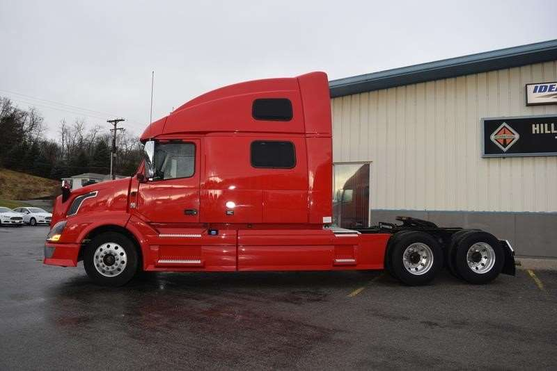 2014 Volvo VNL64T780 Sleeper Truck For Sale, 475,558 Miles | East Liverpool, OH | CW-2187 ...